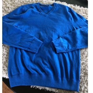 NWT Gap Blue Vee Neck Sweater Size XL